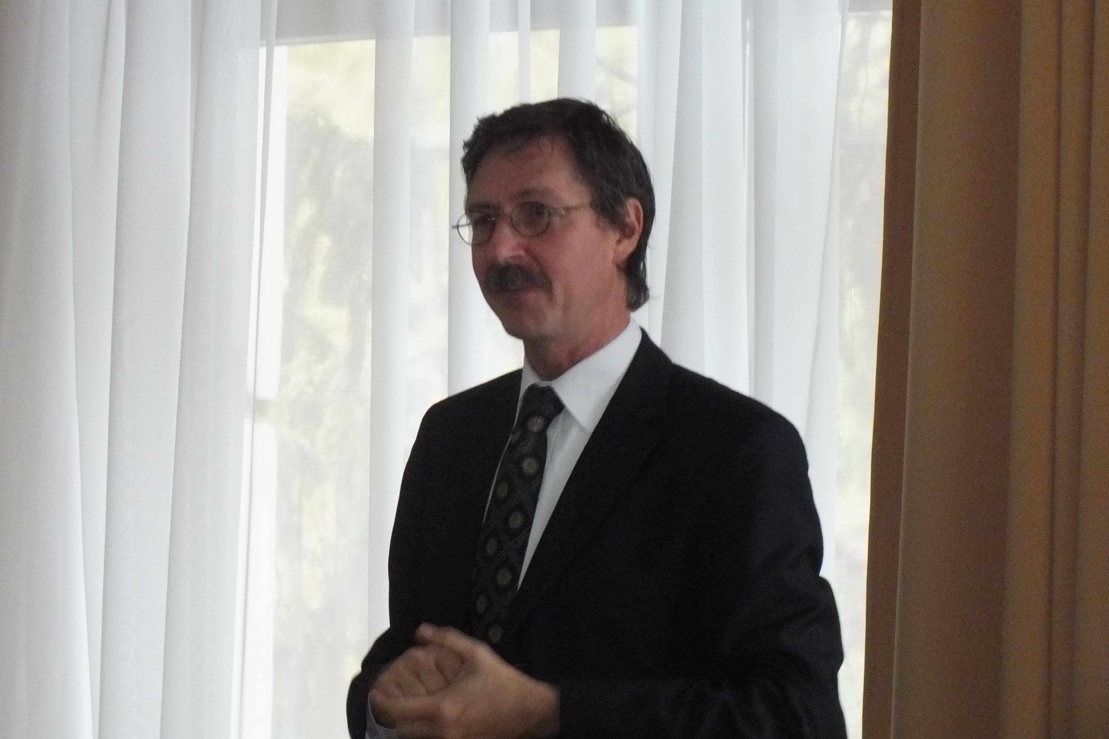 Raoul Hennekam professzor előadása a DAB Székházban – október 12.